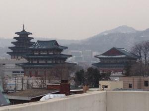 Depuis Bukchon, le Palais des Joseon
